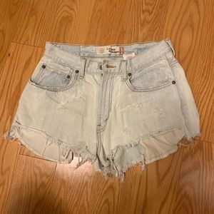 Levi's high waisted loose straight 28